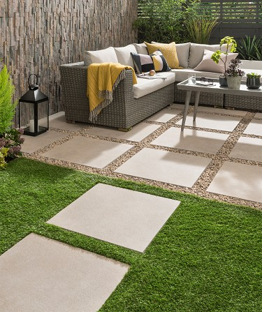 8 Best Outdoor Tiles For Garden 2020